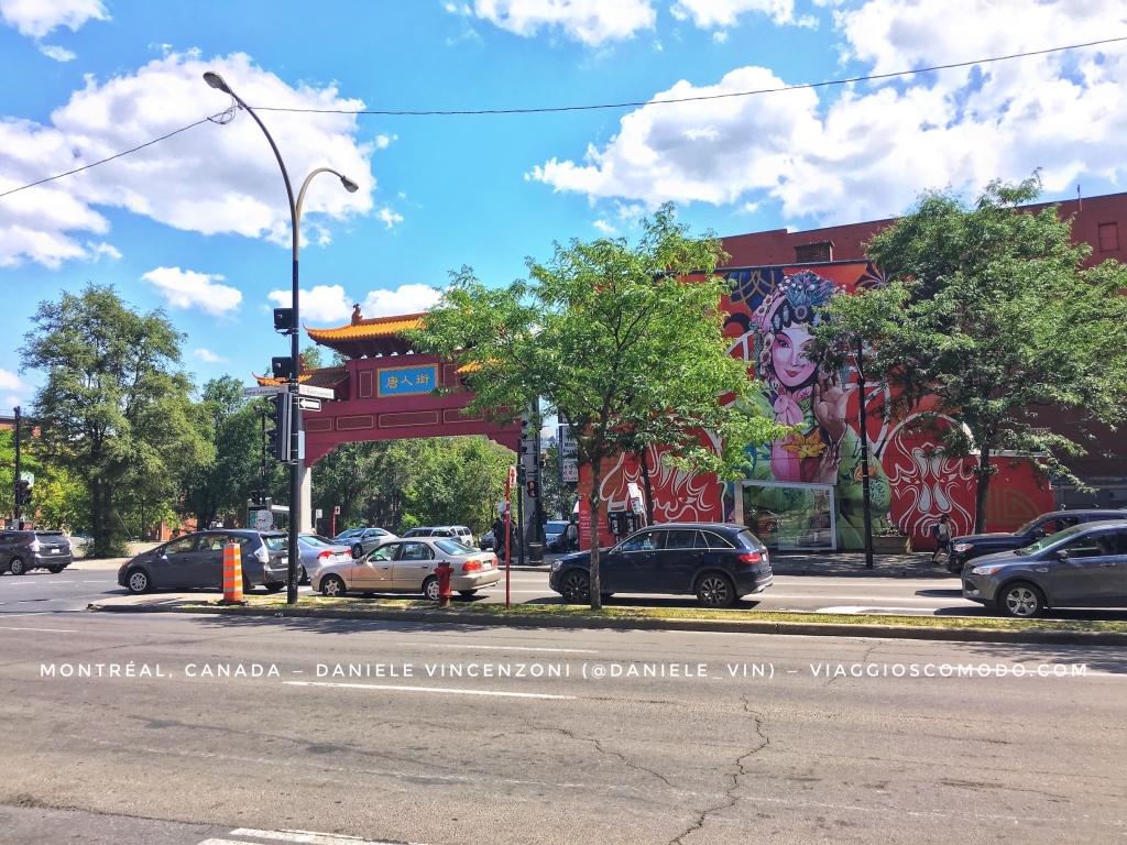 Montréal, Canada — China Town — Boulevard Saint-Laurent
